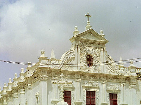 Diu photos, St. Paul's Church - A view of the beautiful church