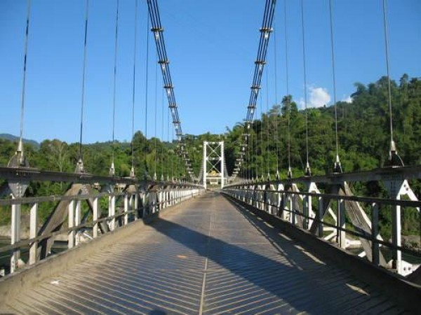 Along photos, Patum Bridge