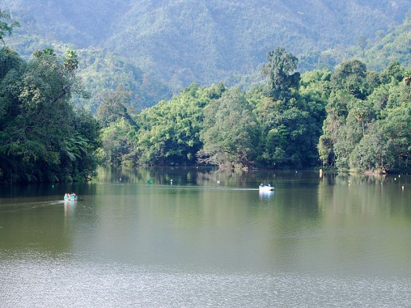 Itanagar photos, Ganga Lake - Enjoying boat ride