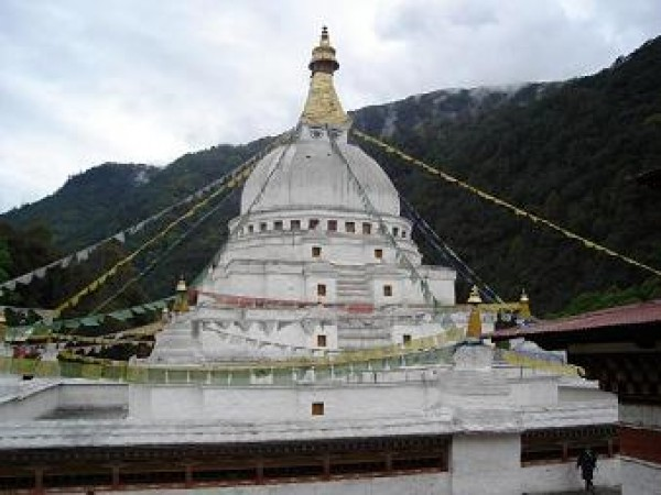 Tawang photos, Gorsam Chorten - top view