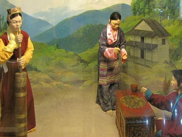 Itanagar photos, Jawaharlal Nehru Museum - Khamba diorama