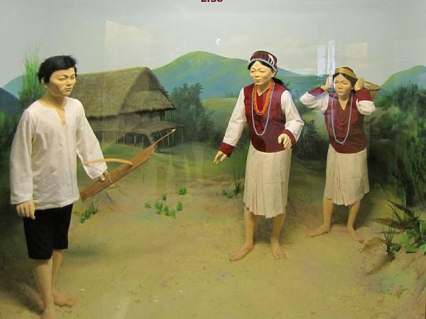 Itanagar photos, Jawaharlal Nehru Museum - Lisu diorama