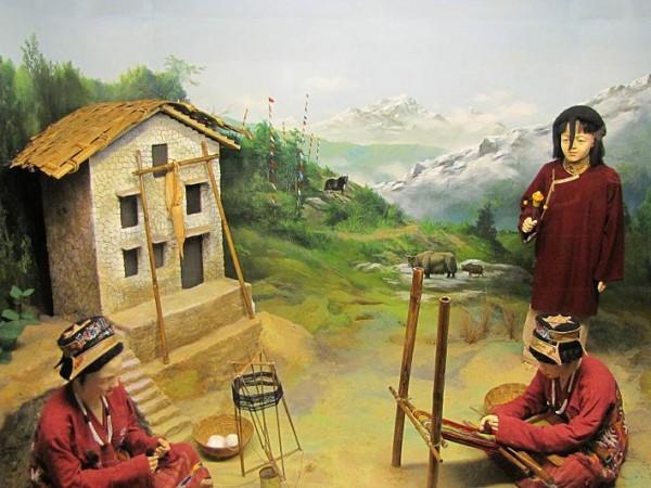 Itanagar photos, Jawaharlal Nehru Museum - Monpa diorama