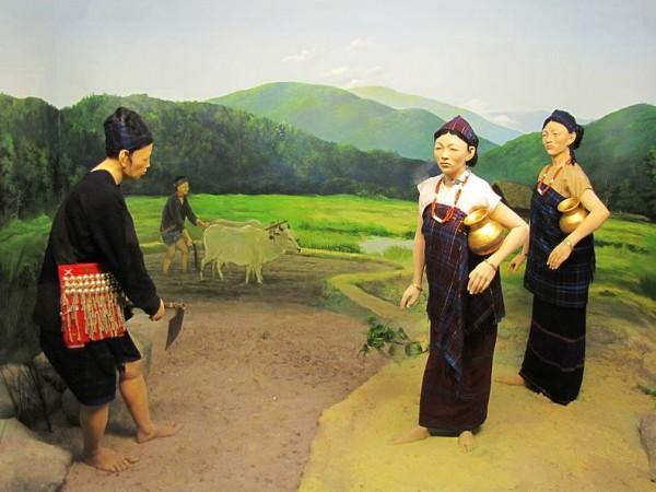Itanagar photos, Jawaharlal Nehru Museum - Singpho diorama