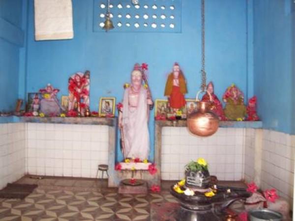 Tezu photos, Parashuram Kund - view of the statue