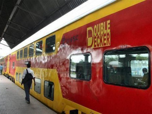 Dhanbad photos, Double decker Train at Dhanbad Railway Station