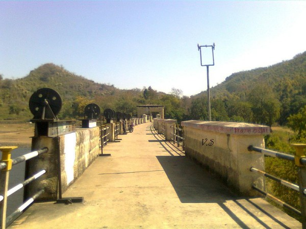 Dhanbad photos, Topchanchi Lake - Bridge over Topchanchi Lake