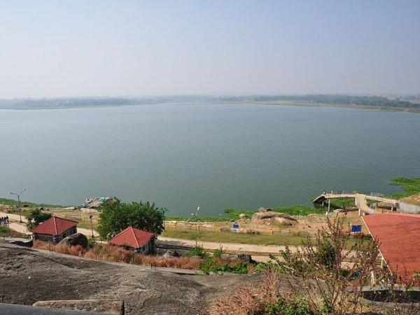 Ranchi photos, Kanke Dam - A distant view of the lake