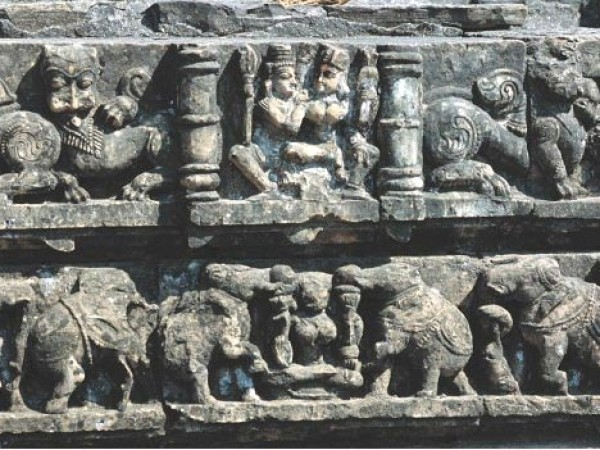 Bilaspur photos, Sculpture on Wall