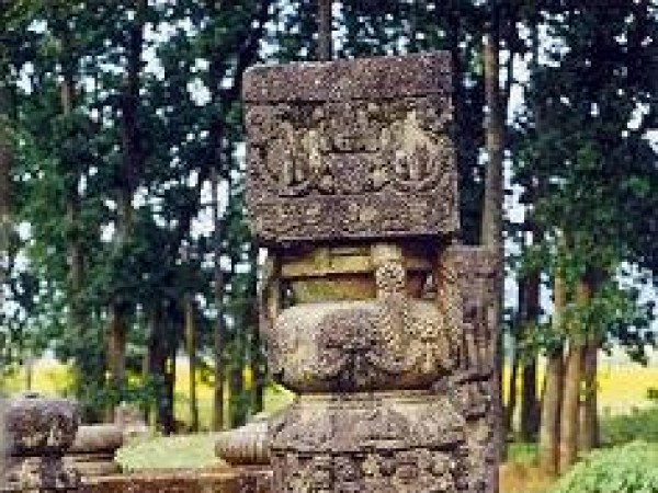 Surguja photos, Deepadih - Stone Pillar