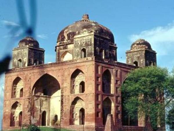 Fatehgarh Sahib photos, Rauza Sharif - Dargah of Shaikh Ahmad