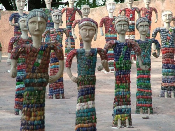 Chandigarh photos, Rock Garden - Colourful statues