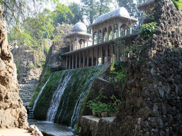 Chandigarh photos, Rock Garden - Beautifull view of waterfall