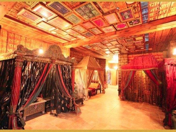 Gurgaon photos, Kingdom of Dreams - Linen