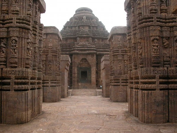 Konark photos, Sun Temple - Orissan architecture
