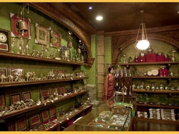 குர்கான் புகைப்படங்கள் - கனவுகளின் இராச்சியம் -உலோக கலைப்பொருட்கள்