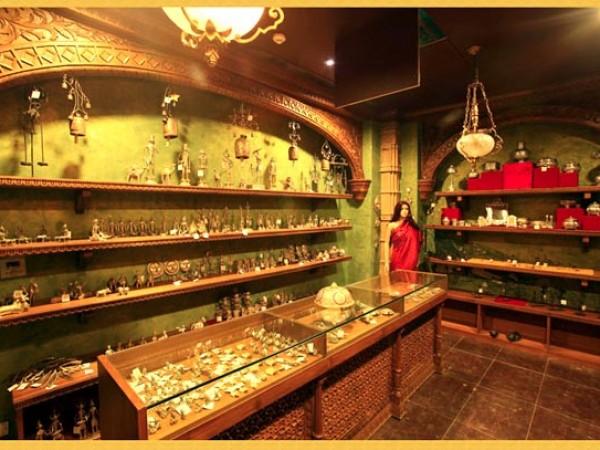 குர்கான் புகைப்படங்கள் - கனவுகளின் இராச்சியம் - நினைவுப்பொருட்கள்