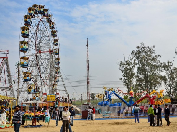 Faridabad photos, Surajkund - Rides at the Fair