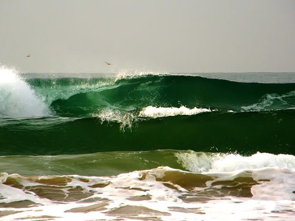 Puri photos, Puri Beach - Strong Ocean Waves