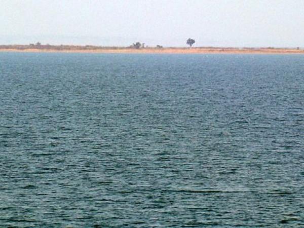 Sambalpur photos, Hirakud Dam - The island