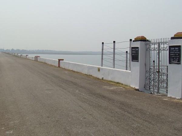 Sambalpur photos, Hirakud Dam - A beautiful Hirakud Dyke