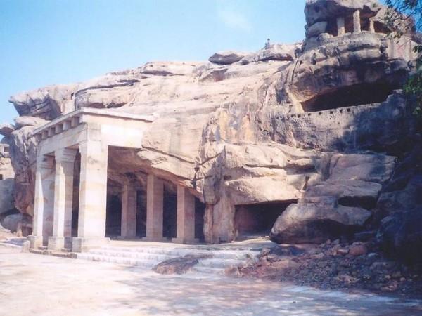 Udayagiri photos, Udayagiri Caves - Hathigumpha the famous Hathigumpha Caves