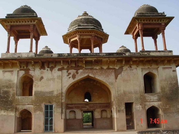 Narnaul photos, Jal Mahal - A close up view
