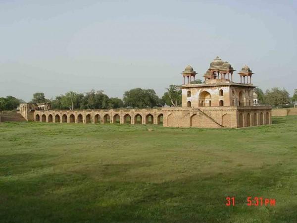 Narnaul photos, Jal Mahal - A distant view