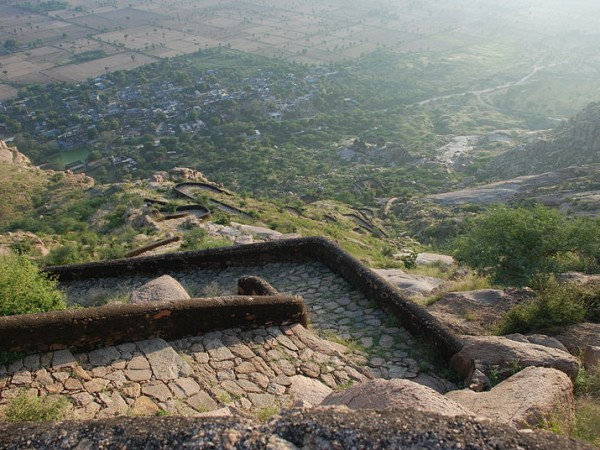 Narnaul photos, Dhosi Hill - Wide stairs
