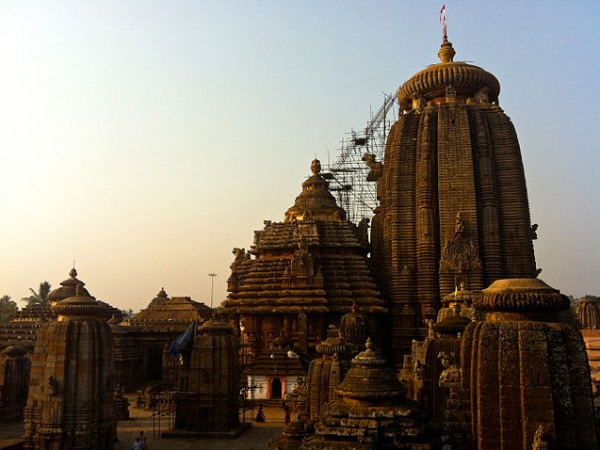 Bhubaneshwar photos, Lingaraj Temple - The rich heritage