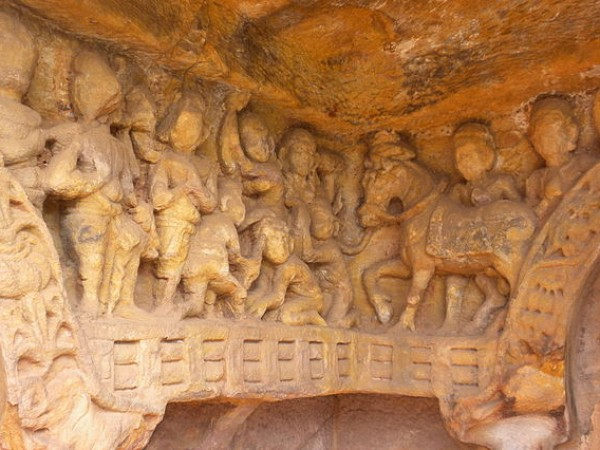 Bhubaneshwar photos, Udayagiri & Khandagiri Caves - Human  and horse sculptures
