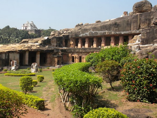 Bhubaneshwar photos, Udayagiri & Khandagiri Caves -  Stone structures