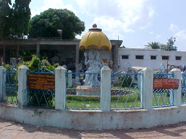 Berhampur photos, Taratarini Temple - A beautiful Front view at the temple