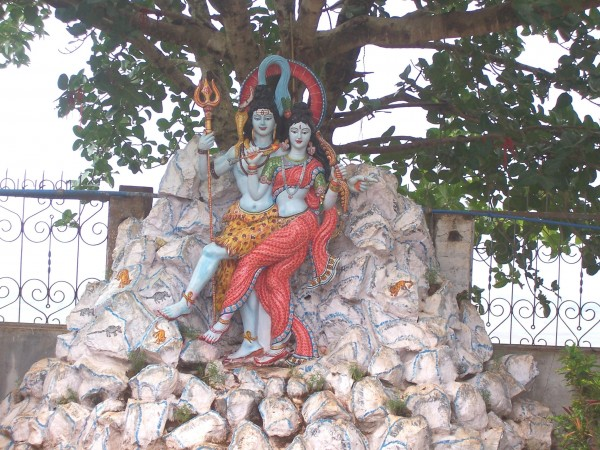 Berhampur photos, Taratarini Temple - Idols of Shiv-Parvati at the Temple