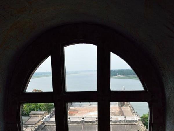 Hooghly photos, Hooghly Imambara - Clock Tower Window