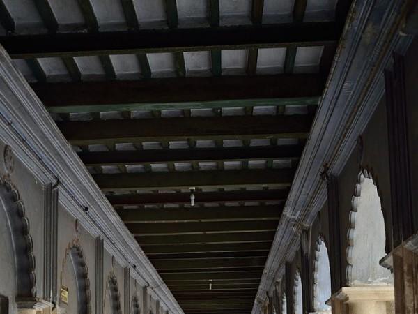 Hooghly photos, Hooghly Imambara - The Corridor