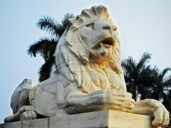 Kolkata photos, Victoria Memorial - The Statue of Lion