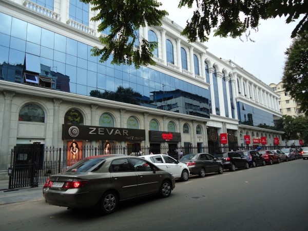 Kolkata photos, Park Street and Camac Street -Shopping Mall