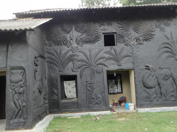 Santiniketan photos, The Beautiful Mud House