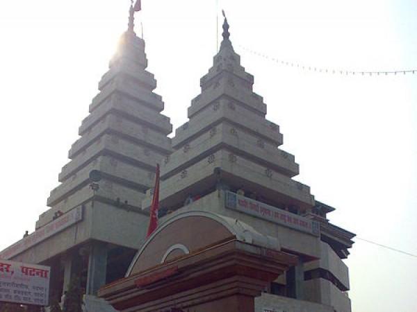Patna photos, Mahavir Mandir - The Front Gate