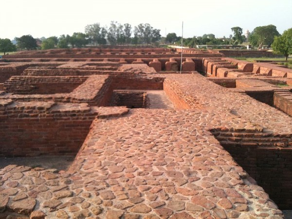 Nalanda photos, Nalanda University Ruins - The Area