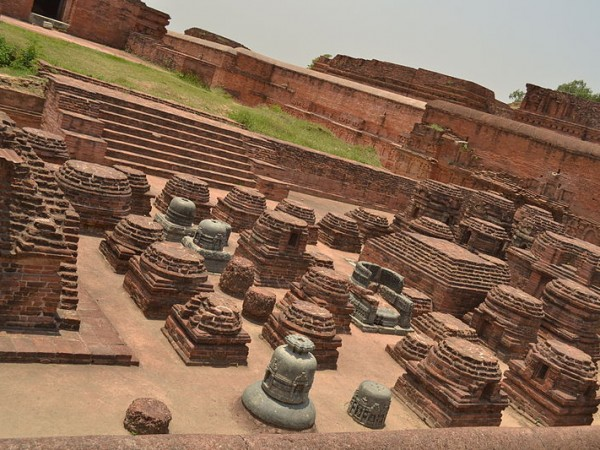 Nalanda photos, Nalanda University Ruins - Stupa