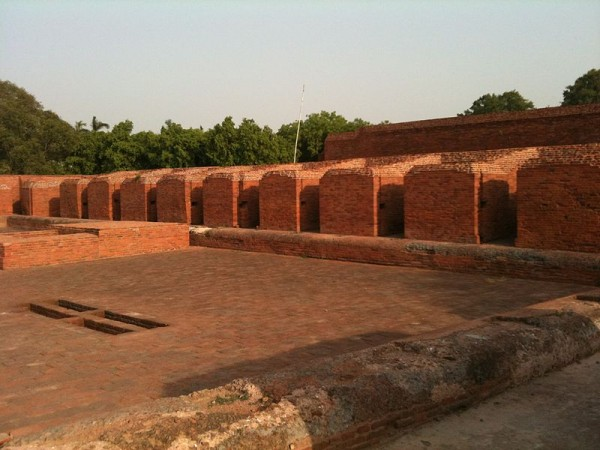 Nalanda photos, Nalanda University Ruins - The Vihara