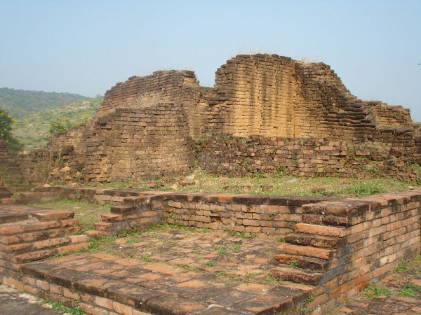 Rajgir photos, Jarashand ka Akhara - Close View