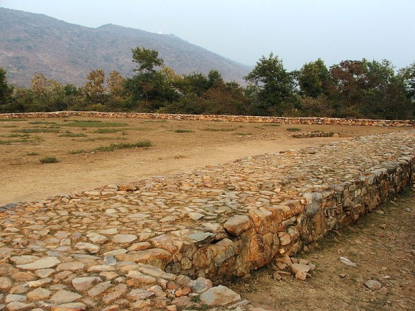 Rajgir photos, Bimbisar jail - Ruins of the Jail