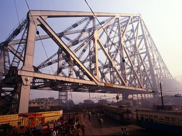 Kolkata photos, Howrah Bridge - The Terminal