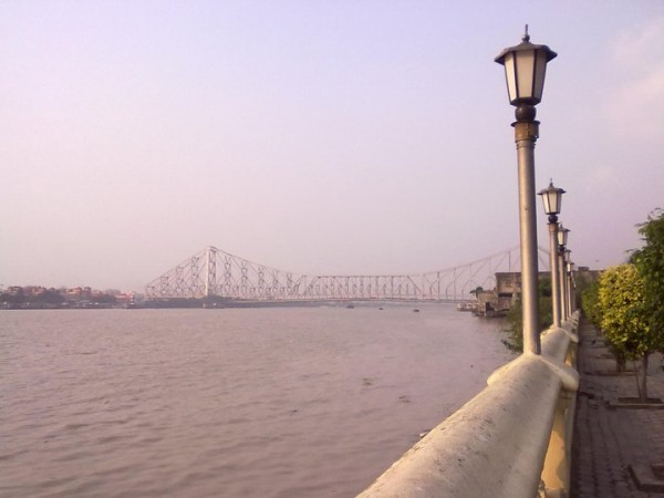 Kolkata photos, Howrah Bridge - Millenium Park