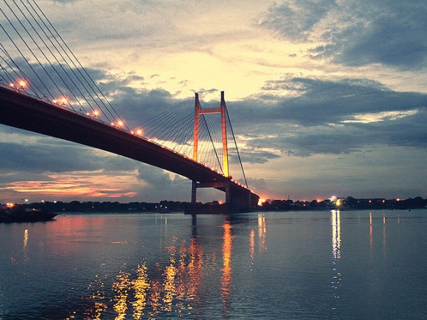 Howrah photos, Vidyasagar Setu - Cloudy evening