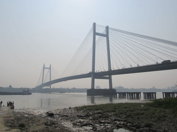 Howrah photos, Vidyasagar Setu - A Distant View