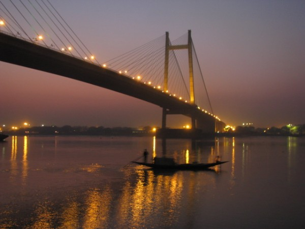 Howrah photos, Vidyasagar Setu - Reflection of Lighted setu
